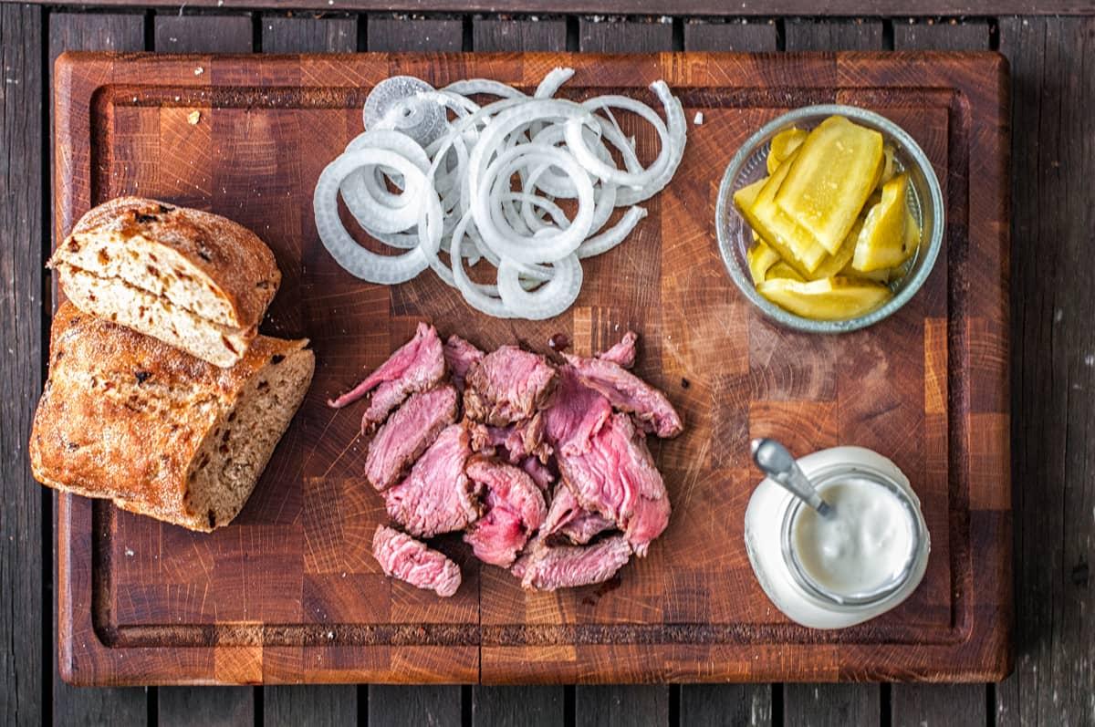 Sandwich se steakem Recept - Krok 2