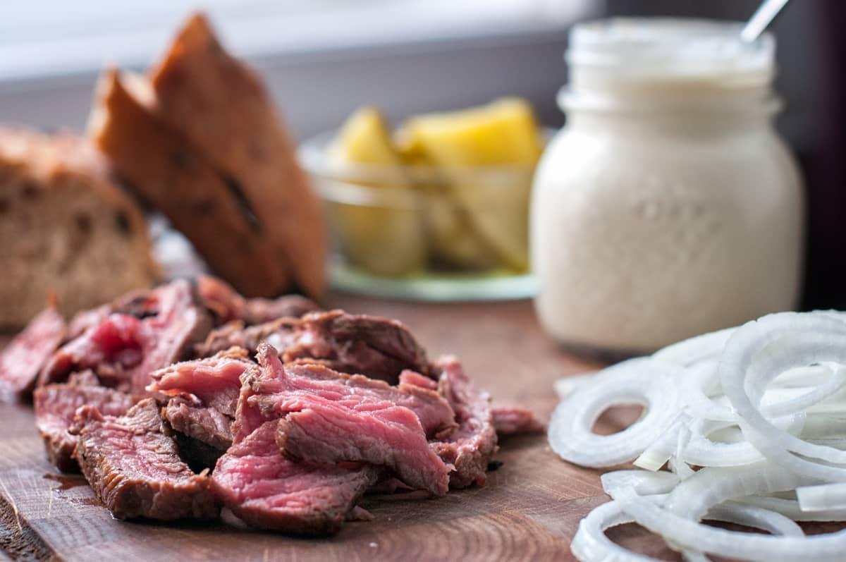 Sandwich se steakem Recept - Krok 3