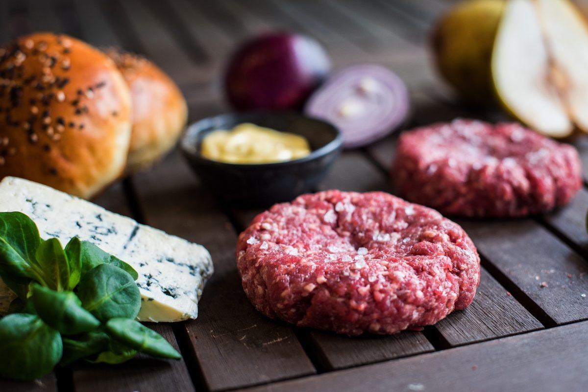 Hovězí burger s hruškou a gorgonzolou Recept - Krok 2
